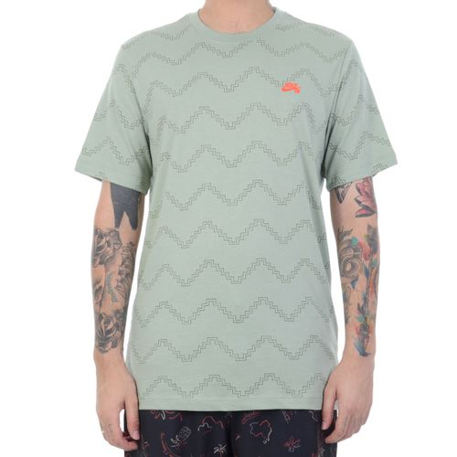 Camiseta-Nike-SB-Standard-Fit