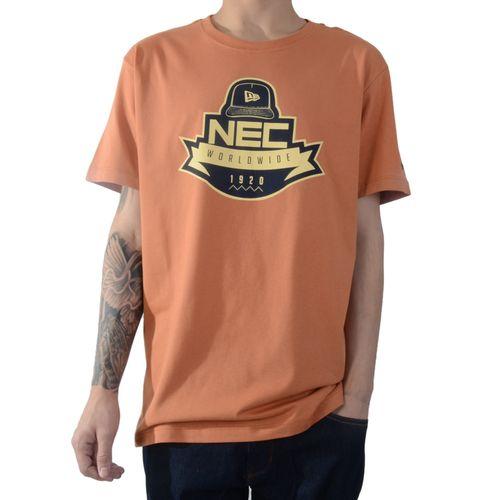 camiseta-new-era-branded-marrom