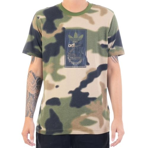 Camiseta-Adidas-Camo-Tongue-Label-camuflado